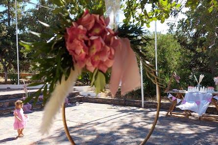 Η βάπτιση της Δήμητρας με boho-ρομαντικό θέμα
